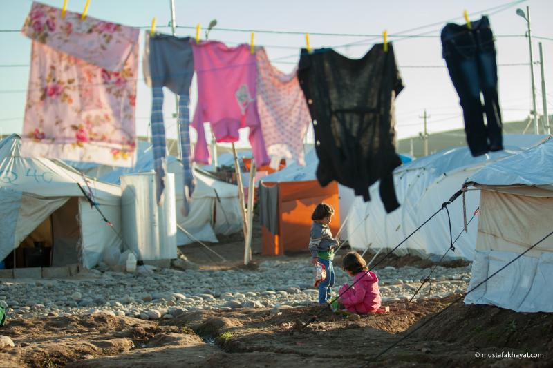 children at syrian refugee camp