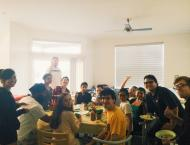 The lovely and handsome Cal-in-Sac fellows enjoying a Make-Your-Spring-Roll-Night! I will miss them all!